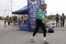 Open news item - Mary Kaplan wins 5K race — her 1,208th one